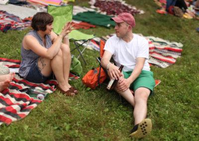 hillside-chat